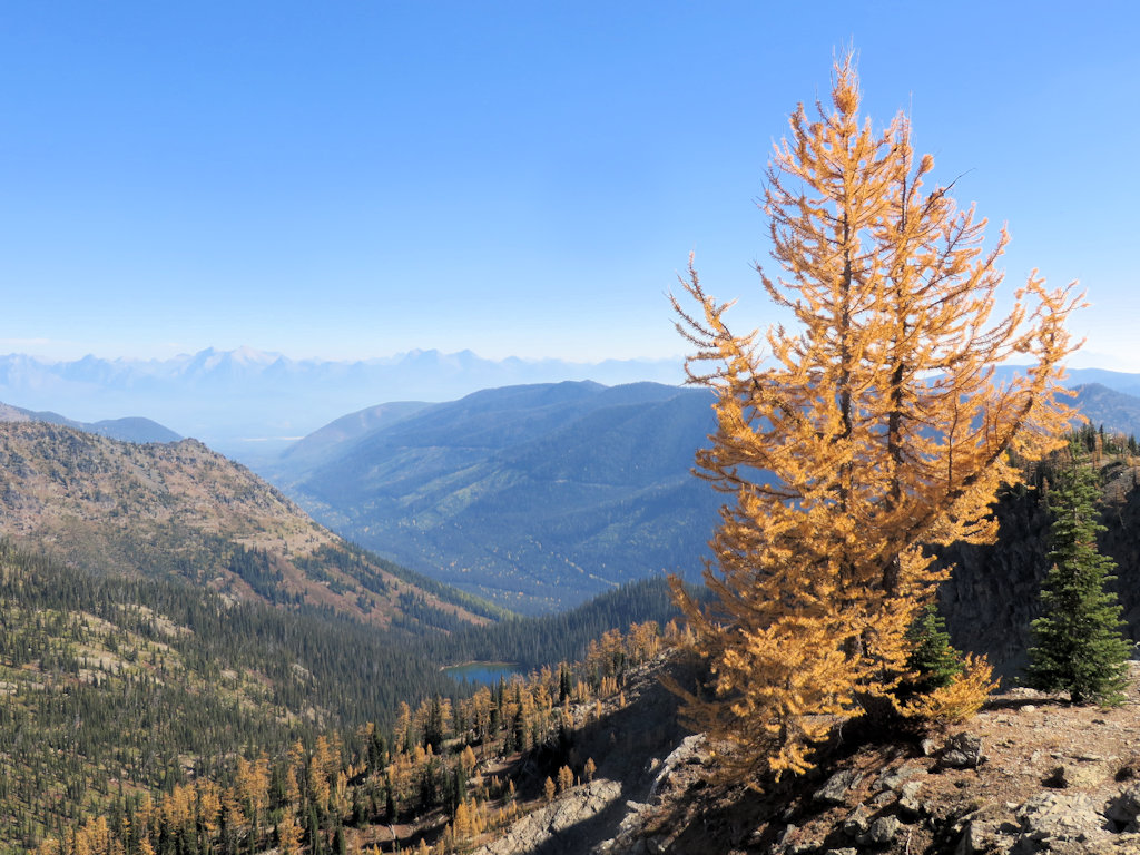 150930 - Trail 375 - Overlooking Chain Lakes